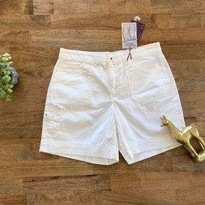 Gloria Vanderbilt Off White Stretch Shorts